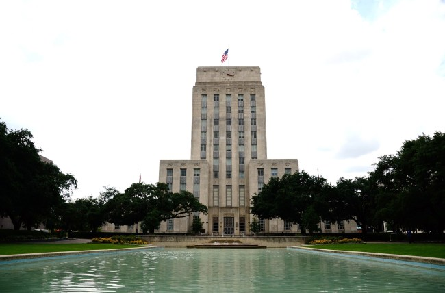 Picture fo City Hall taken by Richard Cook