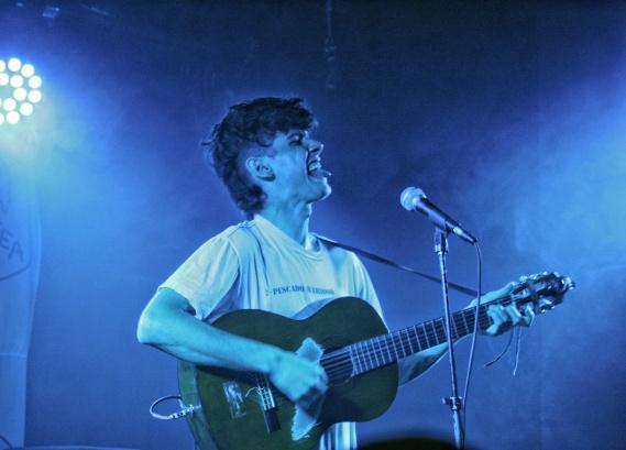 Image of Tall Juan Lead Singer Juan Wauters